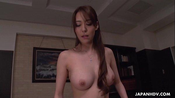 Akari Niiyama fucks the man who saves her