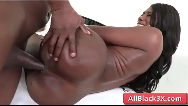 Ebony With Huge Booty Fucking Her Ass And Gaping