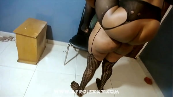 Hitomi Mano gets so much arousal of her slit