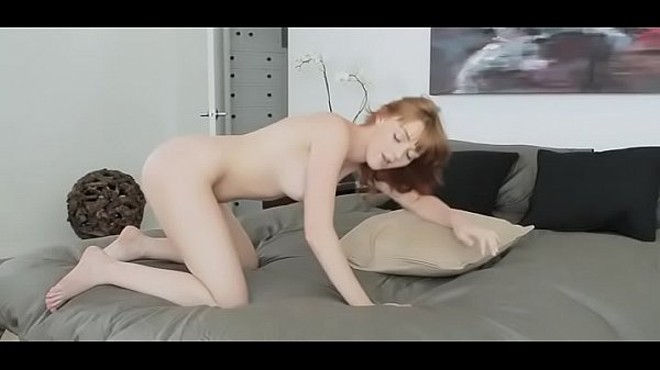 Hot Girl Plays With Her Tight Holes