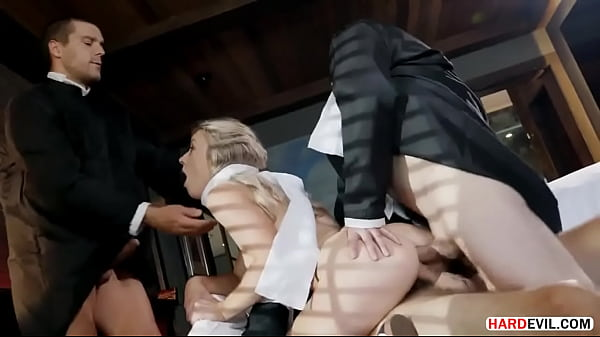 Kate Kennedy: Anal 'Ho In Pantyhose