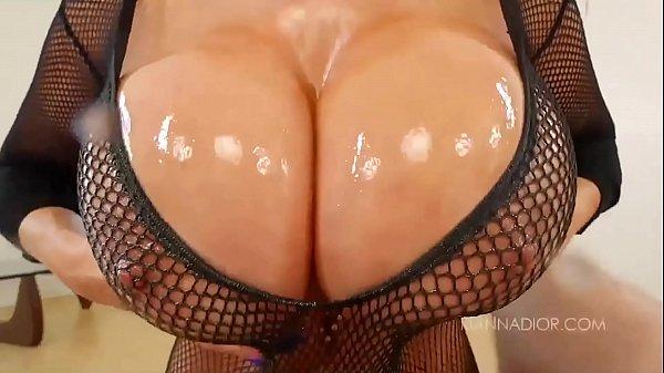 Kianna Dior: Busty Cum SlutselvagemSc. 5