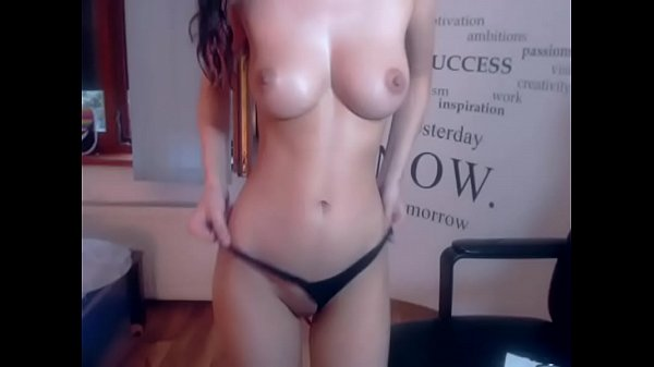 Perfect body babe playing on live cam