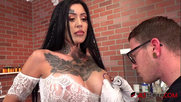 VeronicaGrey Does It All!